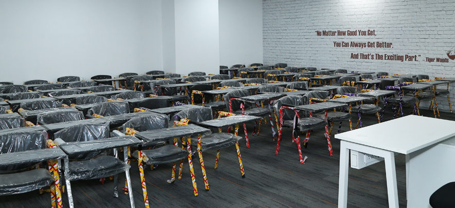 IISM classrooms are centrally air-conditioned and comprise audio-visual equipment to facilitate interactive learning.